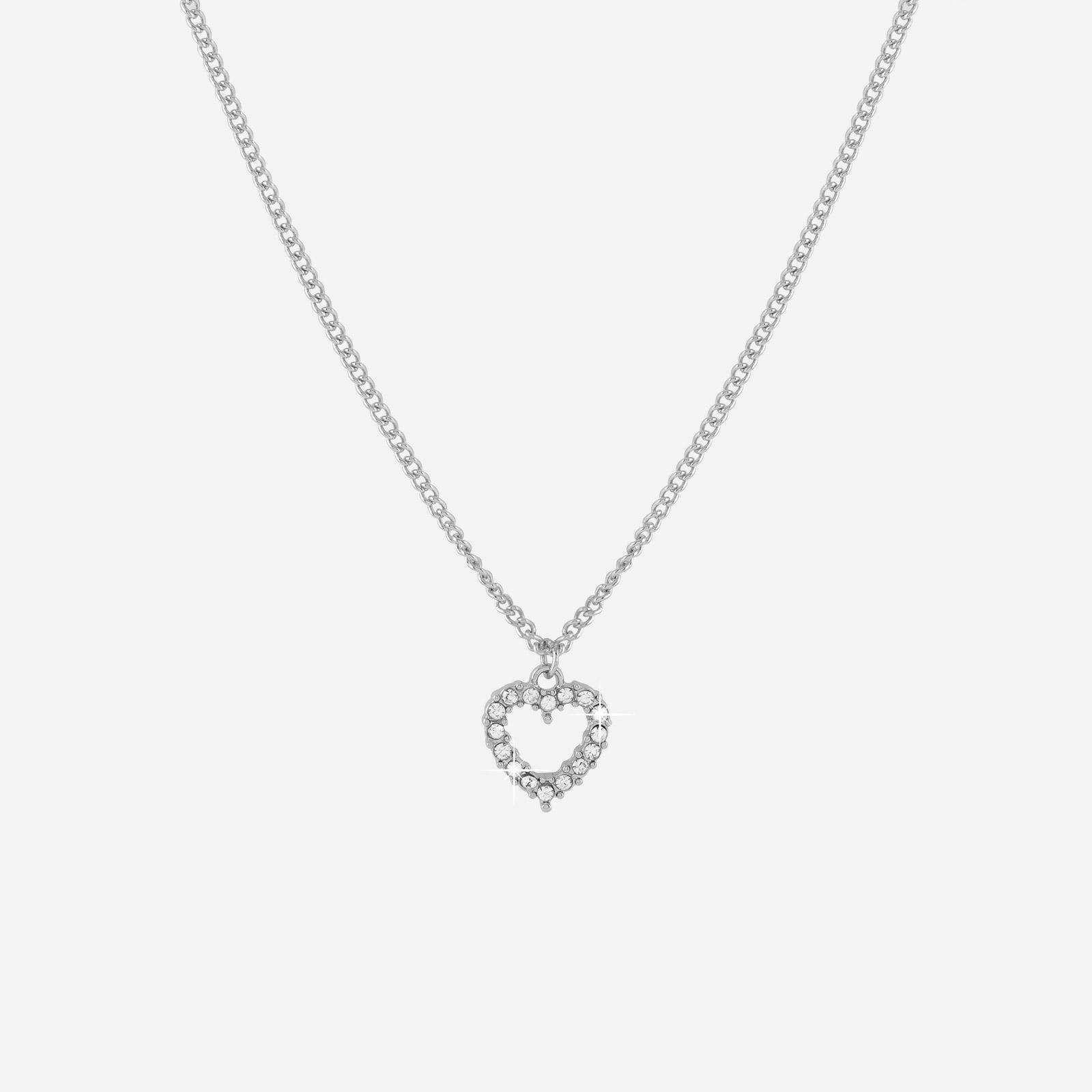 Silverfärgat halsband med hjärta som berlock